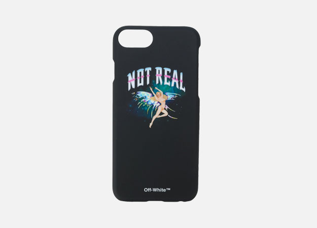 "Чехол для iPhone, Off-white<p><a style="""" target=""_blank"" href=""https://www.farfetch.com/ru/shopping/men/off-white--iphone-7-not-real--item-12293115.aspx?storeid=9681&from=1"">Farfetch</a></p>"