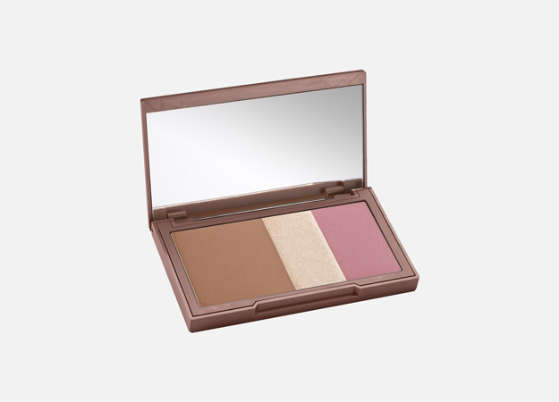 Naked Flushed от Urban Decay, 2 850 руб.