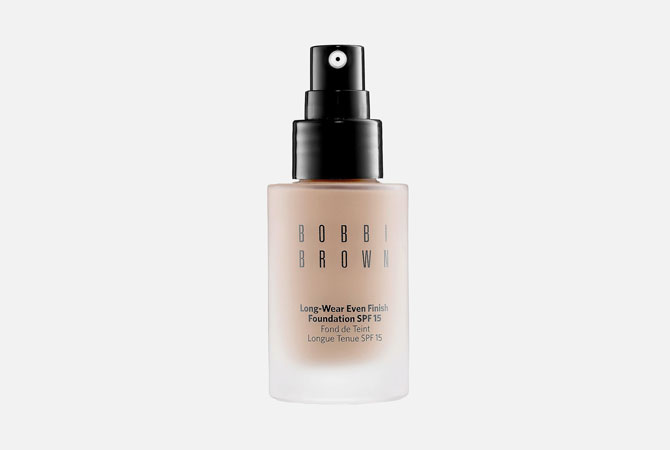 Skin Foundation Long-Wear Even Finish от Bobbi Brown, 3 800 руб.