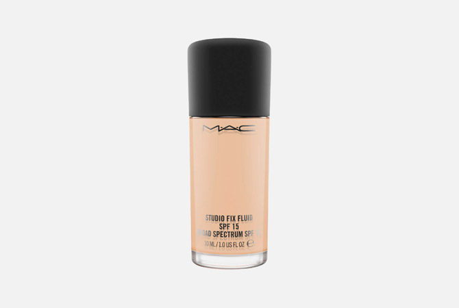 Studio Fix Fluid SPF 15 Foundation от M.A.C, 2 370 руб.