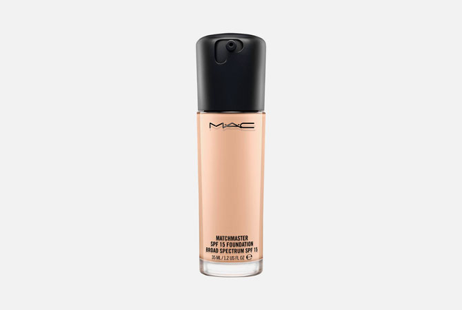Matchmaster SPF 15 Foundation от M.A.C., 3 100 руб.
