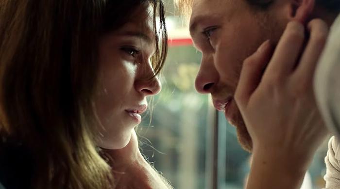 Романтичный ролик Lacoste о том, как трудно сделать первый шаг