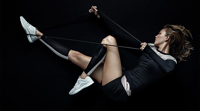 Карли Клосс в рекламной кампании коллекции Nike x Pedro Lourenço