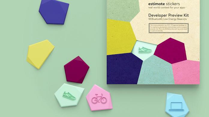 Мини-маячки Estimote Stickers для подключения любых предметов к Сети