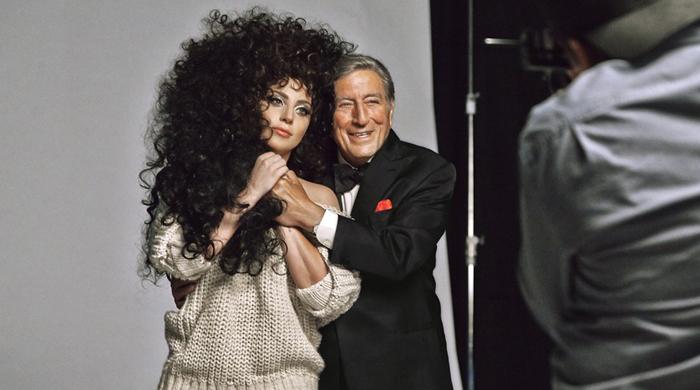 Леди Гага и Тони Беннет станут лицами новогодней кампании H&M