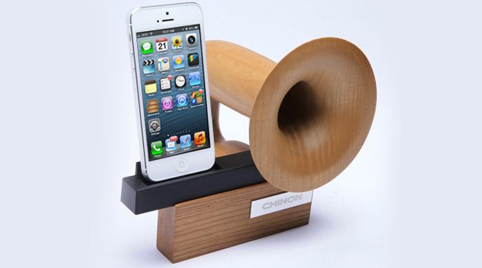 Chinon представили колонку для iPhone с естественным усилением звука