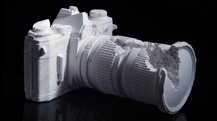 Даниэль Аршам создал серию скульптур-фотокамер