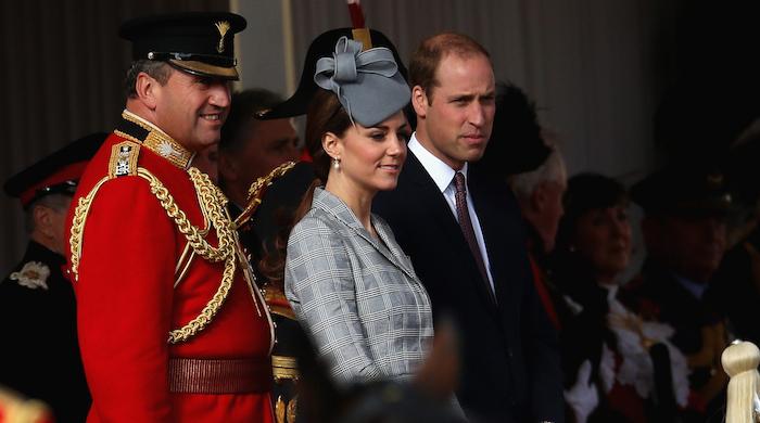 Королевская семья на приветственной встрече президента Сингапура в Лондоне