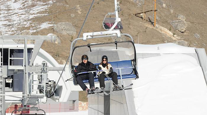 Президент Азербайджана Ильхам Алиев с супругой на открытии горнолыжного курорта