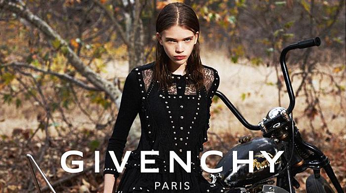 Модели в рекламной кампании Givenchy, весна-лето 2015
