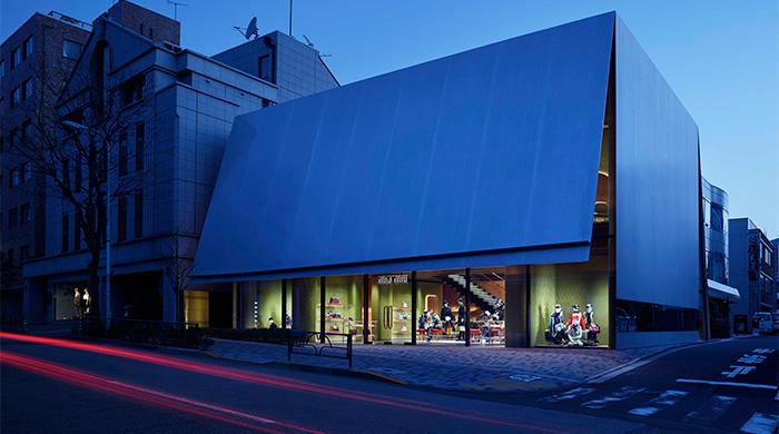Miu Miu открывают новый бутик в Токио