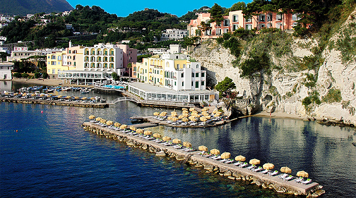 Как в кино: отель L'Albergo della Regina Isabella на острове Искья