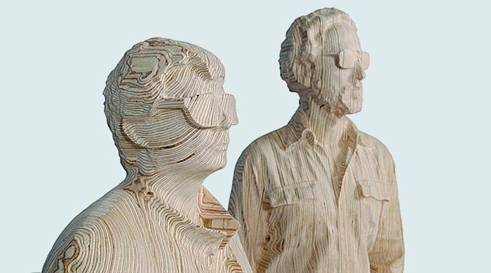 Ксавье Вейан создал деревянную статую Daft Punk