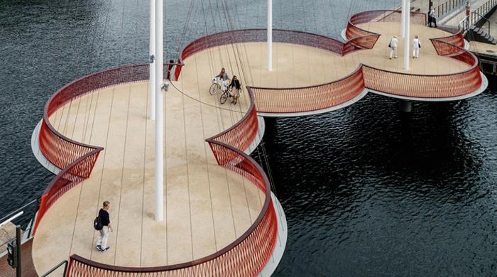 Ходить кругами: мост Олафура Элиассона в Копенгагене