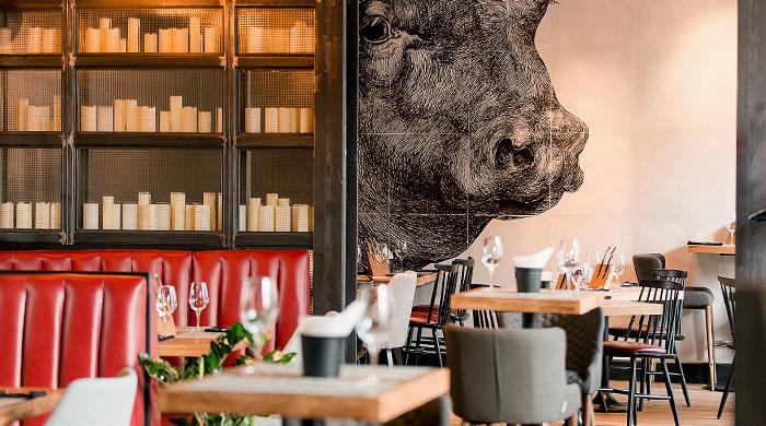 По следам Хичкока: мясной ресторан Hitch в Петербурге