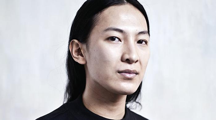 Ищет ли Balenciaga замену Александру Вангу?