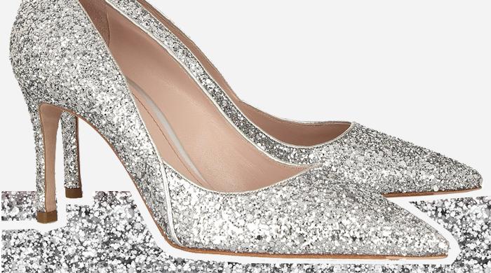 28 пар блестящей обуви