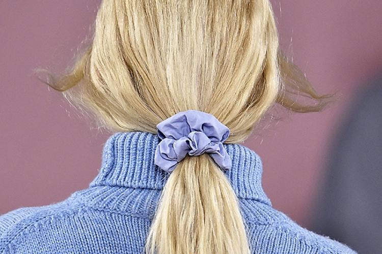 d18b6b62c9c0 Скранчи, крабики и другие аксессуары для волос | Buro 24/7